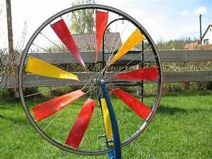 Windräder Für Den Garten : bauanleitung windrad aus alter fahrradfelge ~ Orissabook.com Haus und Dekorationen