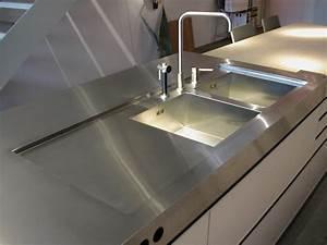 Plan de travail cuisine avec evier integre maison design for Plan de travail cuisine avec evier integre