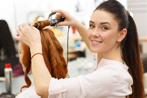Experienced Hair Stylist by Salon News Hair Stylists Going Mobile A New Industry Trend