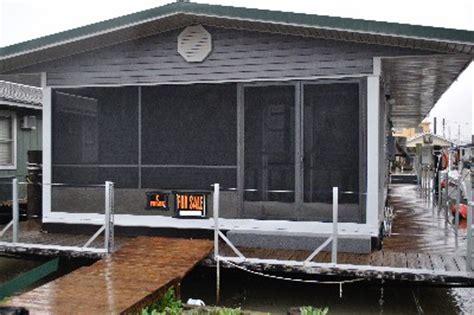 Houseboat/ Fishing Camp (Venice Marina, Venice. LA)   The
