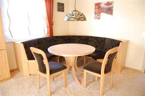 Esszimmer Eckbank  Rundbank Mit Tisch Und Stühlen Von