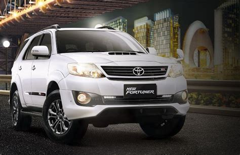 Toyota Fortuner 4k Wallpapers by Car Wallpaper Toyota Fortuner Car Hd Wallpaper