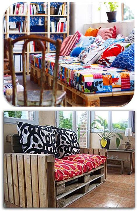 habillage canapé canapé en palette j 39 aime beaucoup celui du dessus l