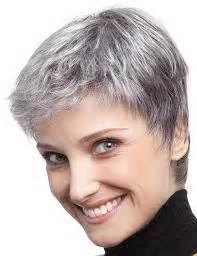 coupe courte cheveux blancs exemple coupe courte femme 50 ans cheveux gris coiffures coiffures coupé et photos