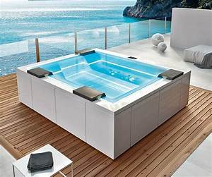Mini Whirlpool Balkon : whirlpool outdoor ber 100 modelle verf gbar spadeluxe ~ Watch28wear.com Haus und Dekorationen