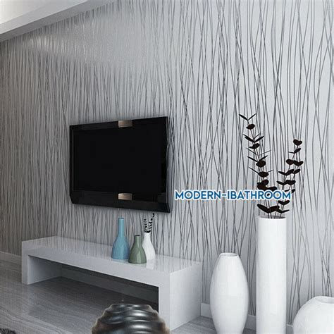 Graue Tapeten Wohnzimmer by Modern Stripe Wallpaper Grey Silver Embossed Glitter Lined