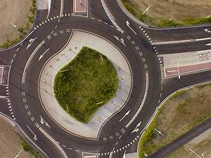 The magic roundabout, Swindon, uk. This is what us uk ...