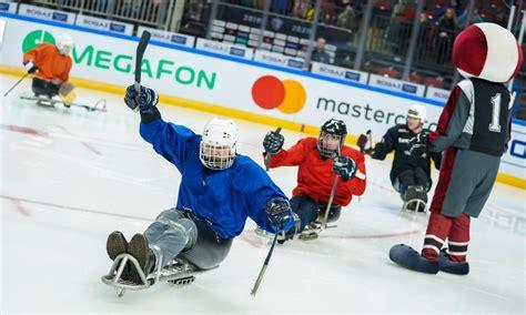 Arēnā Rīga, tūkstošiem hokeja fanu iepazina #ParaLedusHokejs #ParaIceHockey in 2020 | Riga ...