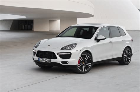 Porsche Cayenne Picture by Used Porsche Cayenne Pictures Carbuyer