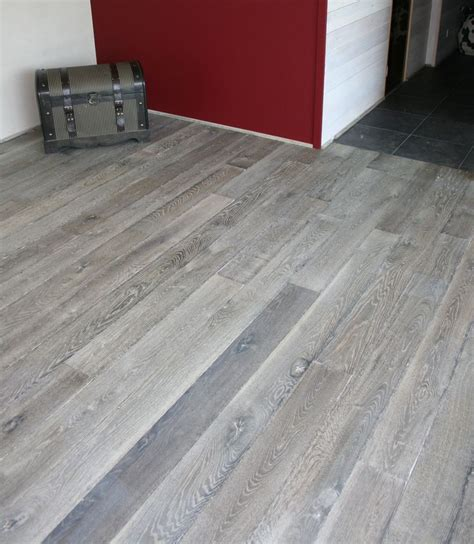 Grauer Boden by Gray Wood Flooring Grey Reclaimed Engineered Floor