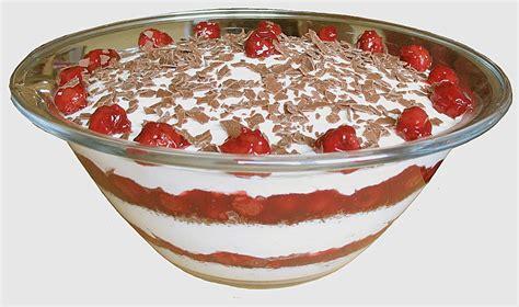 kirsch sahne kirsch sahne quark dessert mekajo chefkoch de
