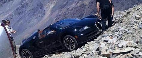 Bugatti Veyron Andes Mountains Crash Looks Surreal, Damage