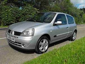 Renault Clio Campus Sport 16v 2006 Petrol Manual In Silver