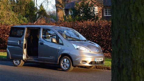 nissan nv200 nissan e nv200 7 seater review greencarguide co uk