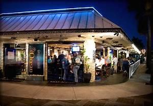 Image Gallery outdoor restaurant bar