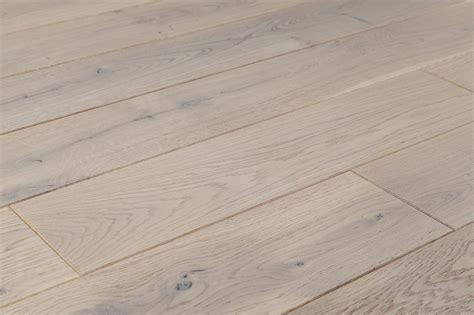 FREE Samples: Jasper Hardwood   European Brushed Oak