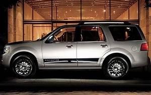 Used 2011 Lincoln Navigator Pricing