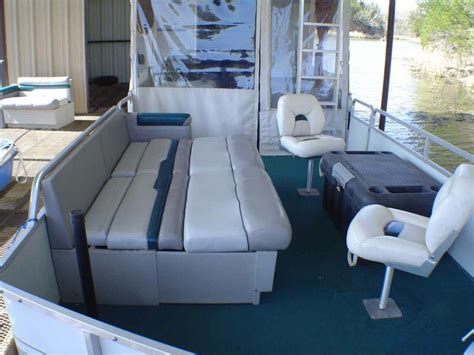 Boat With Bed And Bathroom by 30 Hut Pontoon Boat For Sale Kitchen