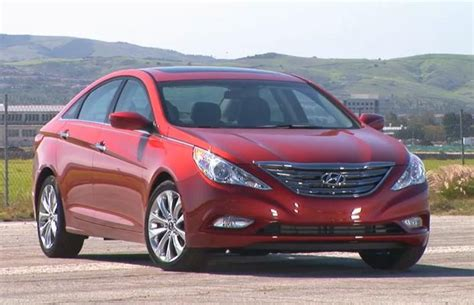 Recall On 2011 Hyundai Sonata recall hyundai sonata 2011 has big problems autolatest