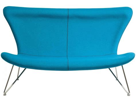 canapé tissu bleu canapé design tissu bleu turquoise 3 places tendance meubles