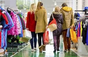 After Christmas, holiday shopping season continues