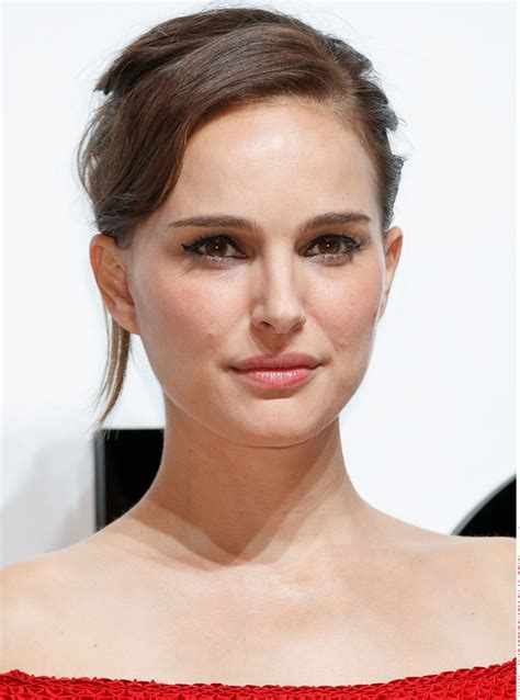 Natalie Portman Makeup The Gbp Cleanser Sold Every