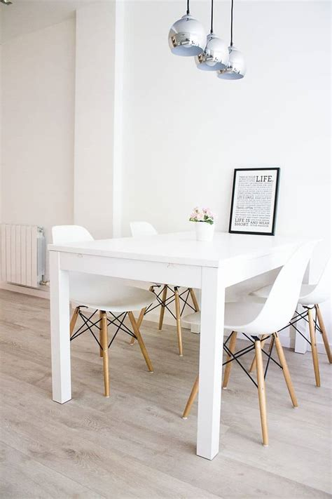 lighten  dinner time    white dining room tables