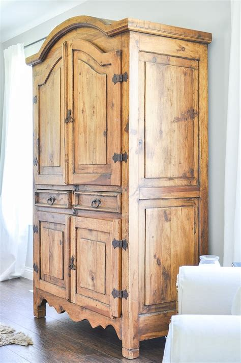 Tv Armoir by Best 25 Tv Armoire Ideas On Armoire Painted