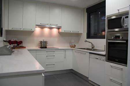 muebles de cocina en pvc  medida en zona norte de buenos