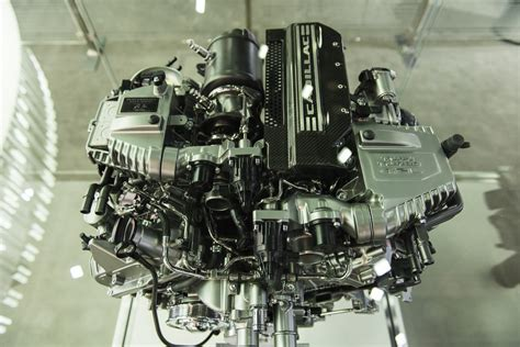 Cadillac Engine by Cadillac 4 2l Turbo V8 Engine Pictures Photos Images