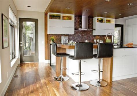 cuisine de comptoir poitiers îlot et armoires de cuisine en mdf laqué retombée et