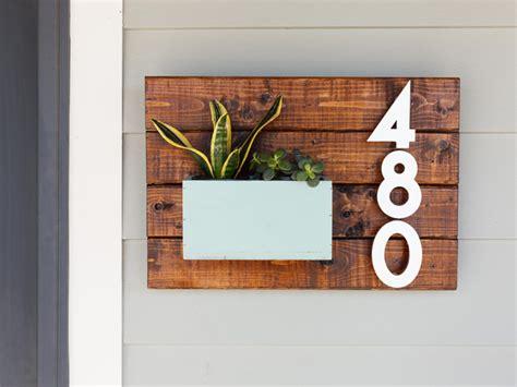 creative ways  display  house number