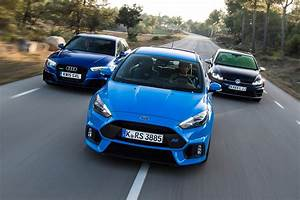 Ford Focus 3 Rs : ford focus rs vs volkswagen golf r vs audi rs3 auto express ~ Medecine-chirurgie-esthetiques.com Avis de Voitures