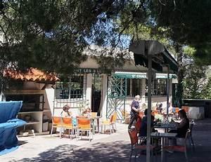 Restaurant Romantique Marseille : les 3 leo le chalet du jardin marseille restaurant ~ Voncanada.com Idées de Décoration