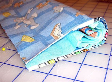 Easy Pillow Case With Contrasting Hem