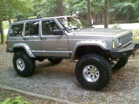 jeep cherokee tires image gallery lifted xj 33