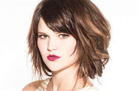 35 Short Haircuts For Thick Hair That People Are Obsessing Over In 2017 Low Side Bun Wedding Hairstyles Easy Indian For Straight Hair French Images Of Twist Swept Bangs Thin How To Get A Scene Haircut At Home Pictures Pixie Haircuts 2016 Braid Do