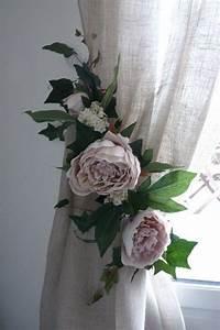 Embrasse Rideau Design : embrasse rideau florale pivoines anciennes nouvelle collection jolies embrasses de rideaux ~ Teatrodelosmanantiales.com Idées de Décoration