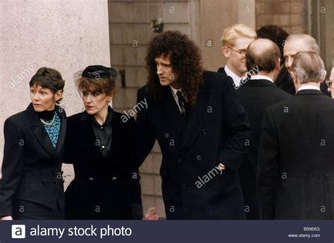 freddie mercury funeral queen lead stock  freddie