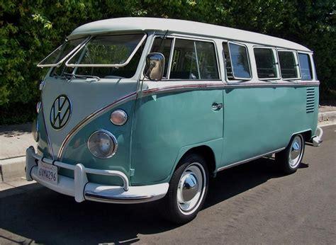 volkswagen microbus 1963 volkswagen deluxe microbus 15 window 132953