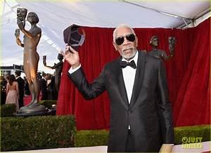 Lifetime Achievement Award Recipient Morgan Freeman Is All ...