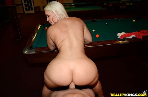 Bedeli Buttland-St@cked Fvcking – The Booty Basement