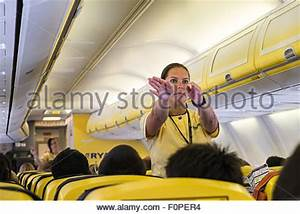 passengers and crew Inside the cabin of a Ryanair Boeing ...