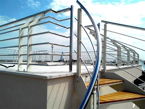 ringhiera scala esterna scala esterna elicoidale in legno acciaio e ferro ab