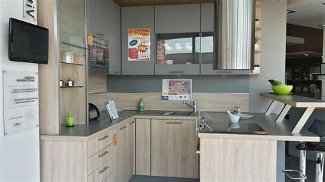 mod鑞e de cuisine ouverte marchand de cuisine equipee cuisine equipee ikea avis avec des id es cuisine equip e meubles de cuisine fib cuisine cuisine equipee italienne
