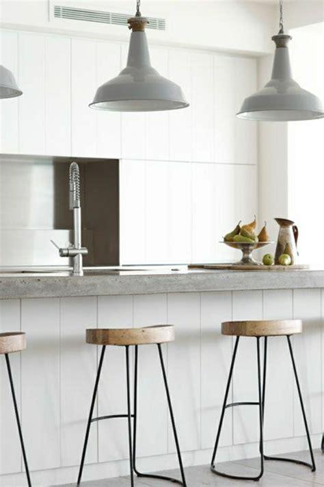 cuisine bois et fer comment adopter le tabouret de bar dans l 39 intérieur moderne