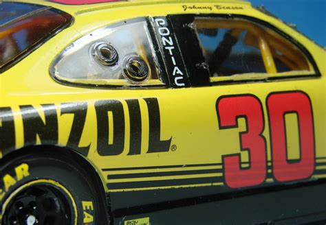 galerie race cars  pennzoil grand prix johnny benson