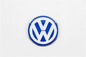 2001 Volkswagen Beetle Front VW EmblemShow your colors