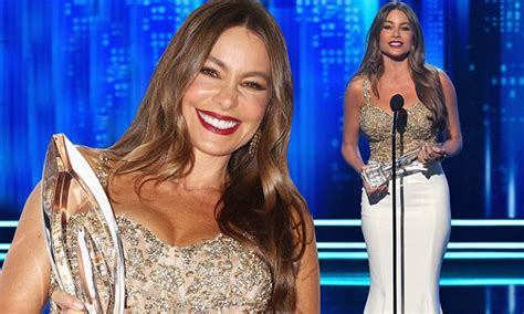 sofia vergara english accent even with this ridiculous accent sofia vergara is
