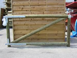 Mekan info = tavole di legno trattate per gradini in giardino ~ Bel Design Moderno Giardino Interno